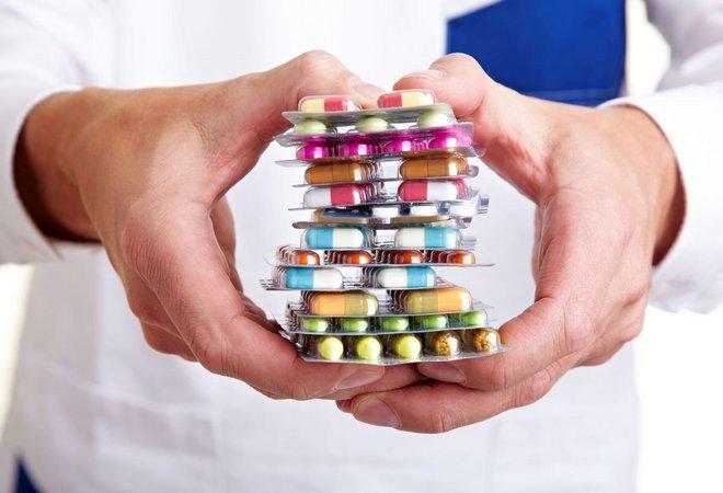 Набор лекарственных препаратов
