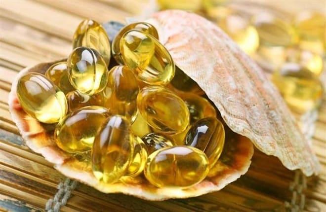 Рыбий жир при гастрите: можно ли пить, с повышенной кислотностью желудка, капсулы, Омега