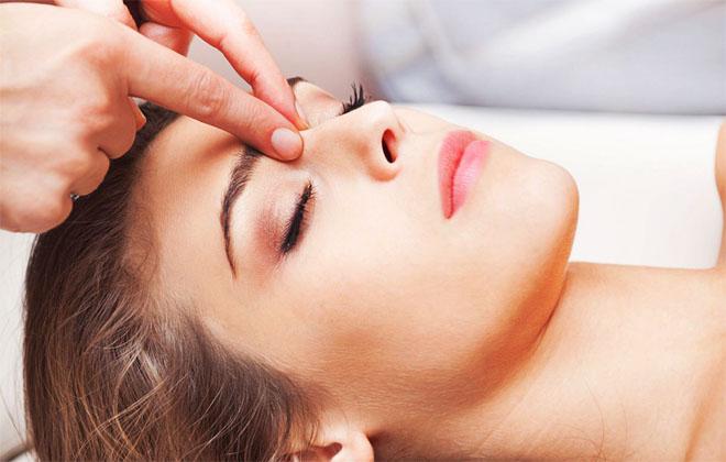 Точечный массаж (акупрессура)