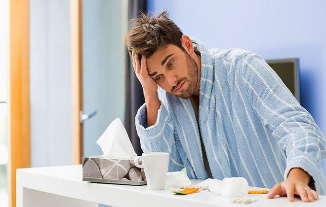 Болезнь напоминает простуду