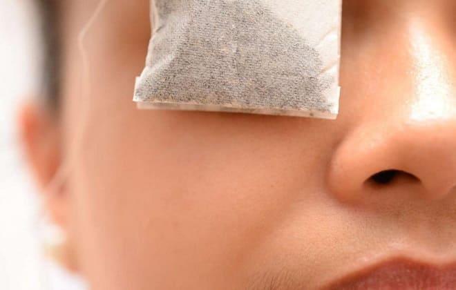 Лечение глаз примочками из чая