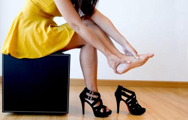 Ношения обуви с высоким каблуком
