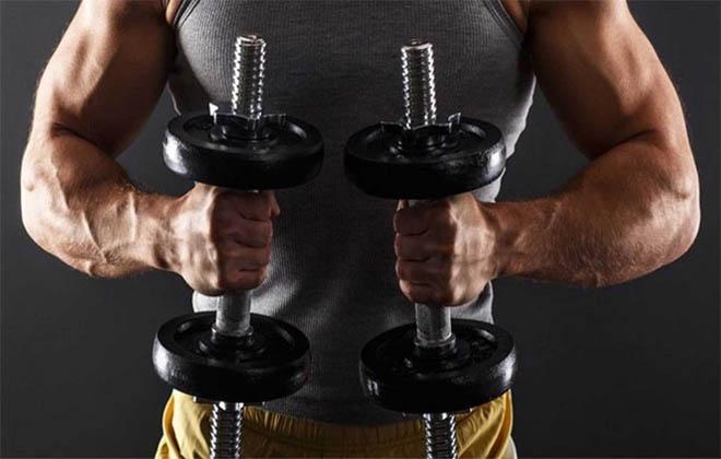 Силовые упражнения с гантелями