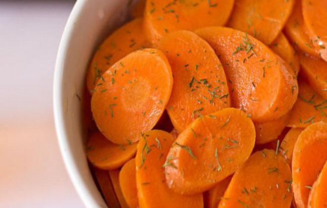 Употреблять вареную морковь
