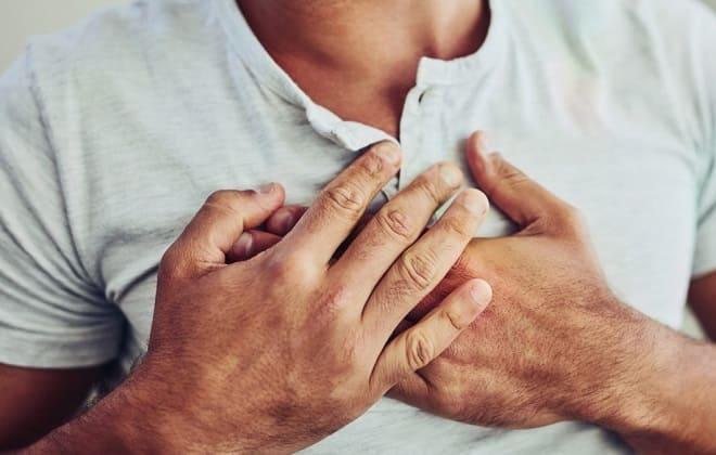 Симптомы боли в груди