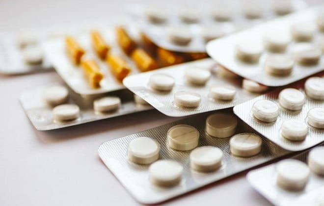 Таблетки в пластинках