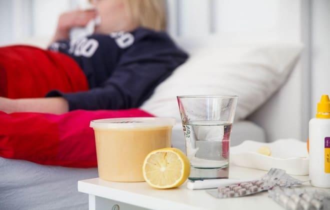 Придерживаться постельного режима при заболевании