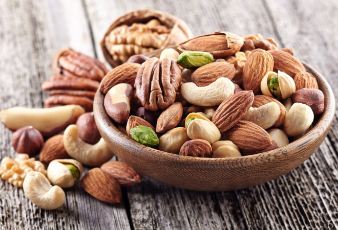 Орехи при панкреатите: можно или нет, грецкие, кедровые, арахис