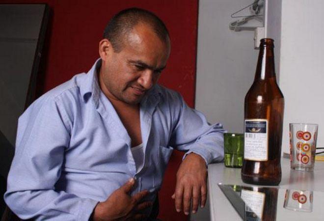 Алкогольный гастрит: лечение, симптомы, причины