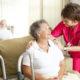Симптомы и первые признаки инсульта у женщин пожилого возраста: последствия и шансы выжить в 80 лет