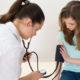 Как лечить артериальную гипертензию (гипертонию) у детей (подростков) и что делать при высоком давлении