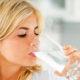Можно ли пить много воды при высоком давлении и сколько ее нужно употреблять для лечения гипертонии