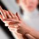 Как лечить синяки на запястьях рук от удара и почему появляется гематома после ушиба