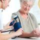 Как лечить изолированную систолическую артериальную гипертонию (гипертензию) у пожилых людей