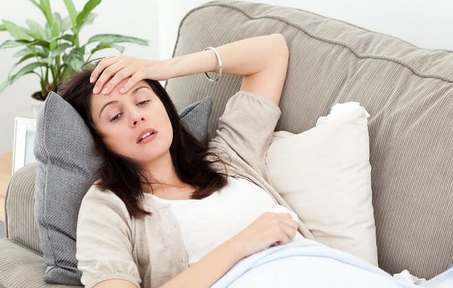 Женщина в лихорадочном состоянии