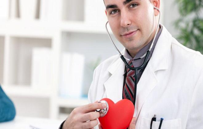 Посещать кардиолога