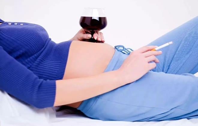 Вредные привычки беременных